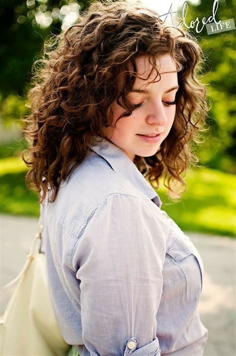 how to get loose curls medium length layers different types of natural curly hairs fashion trend
