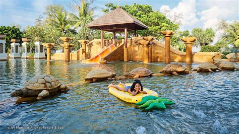 family resorts  phuket  selling kid