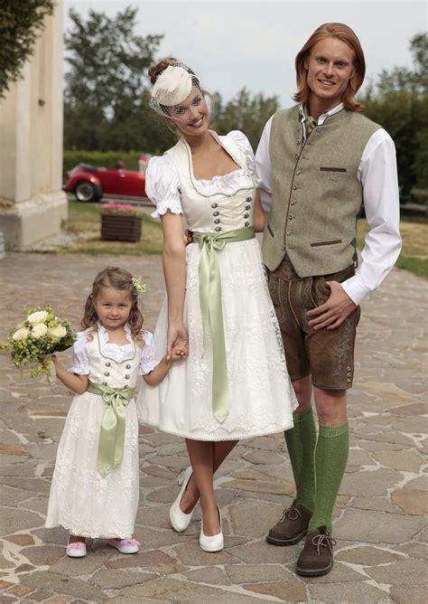 Hochzeit Tracht by Hochzeit Am Land Tracht Brautdirndl Im Shop