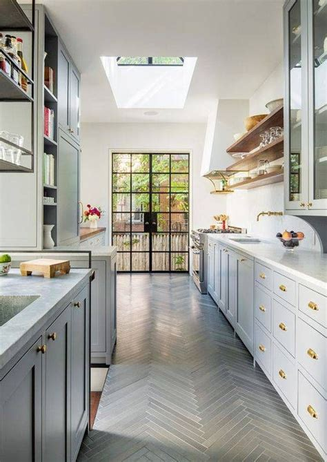 small galley kitchen designs 8x10 myideasbedroom com best 25 small galley kitchens ideas on pinterest galley