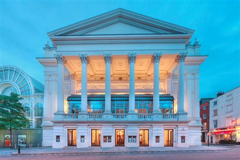 london royal opera house southend chauffeur to the royal opera house
