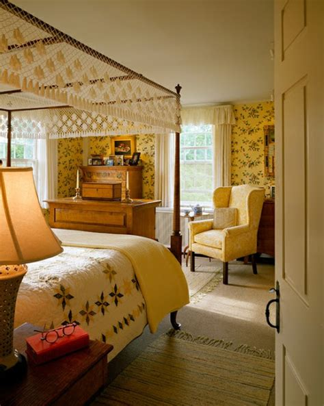 colonial bedrooms eye for design decorating in the primitive colonial style