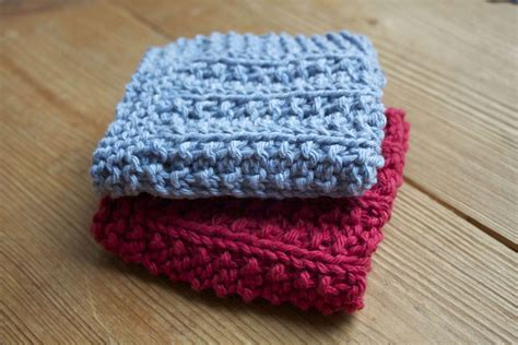 pattern for simple knitted dishcloth a very seedy dishcloth little house in the suburbs