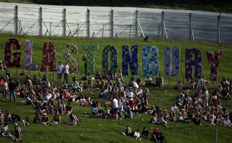 Morning Sun Arrest Records Glastonbury 2013 Attendance At A Record High Crime At A Record Low Metro News
