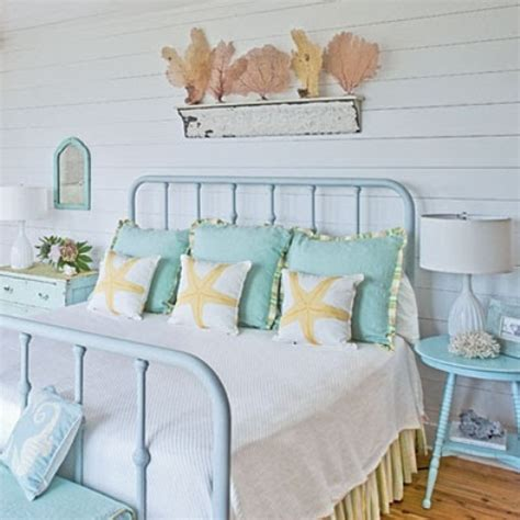 beach bedroom bedding 49 beautiful beach and sea themed bedroom designs digsdigs