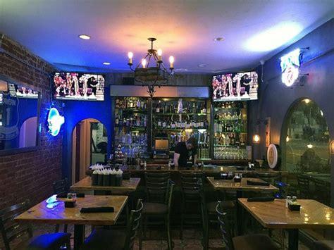 bars in malibu california tavern 1 grill tap house pch malibu malibu ca