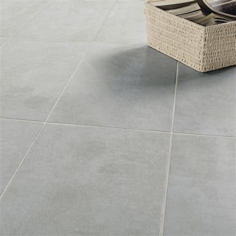 Good Salle De Bain Sol Noir Mur Gris  #2: Carrelage-sol-et-mur-gris-effet-beton-factory-l-30-x-l-60-cm.jpg