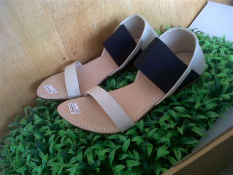 Flat Karet M53 Hitam 4 jual sandal flat poppy elstore sepatu bogor