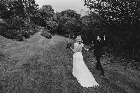 wedding photographers in cornwall the green cornwall wedding photography paul