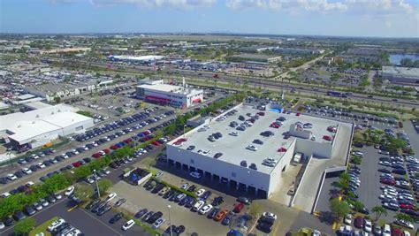 november 15 aerial 4k of oakwood plaza