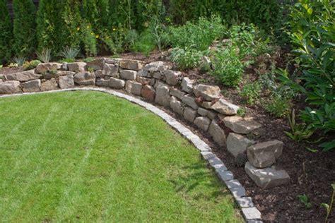 gartenmauer gabionen und hangbefestigungen natursteine