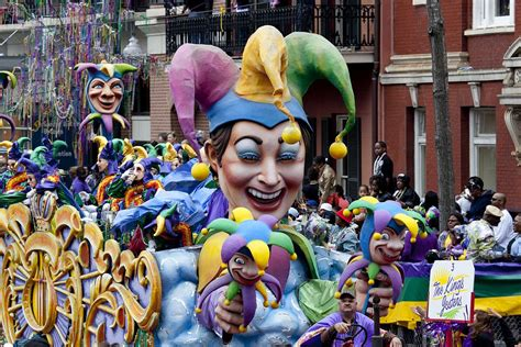 large mardi gras tuesday the performer