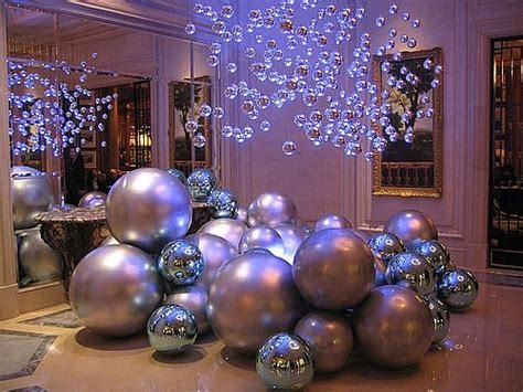 Oversized Decorations by Oversized Ornaments Pictures Photos And Images For