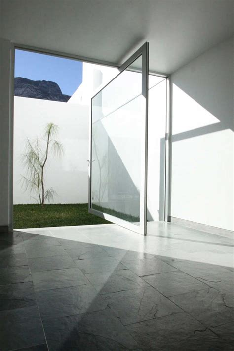 Size Matters Large Pivot Doors Know How To Stand Out Glass Pivot Door