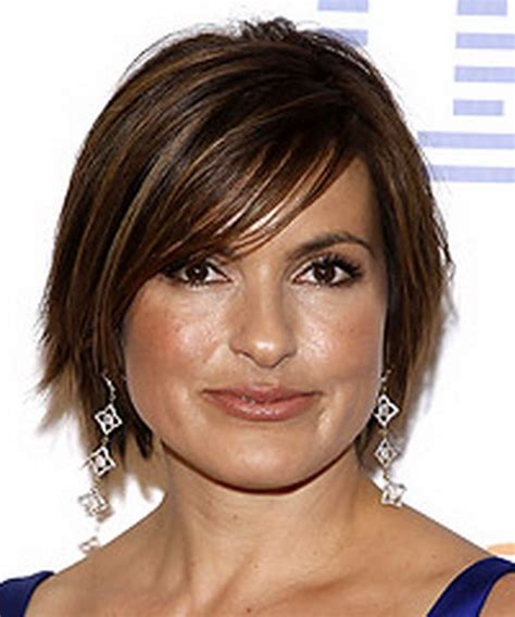 layered chin length hairstyles for women layered tapered chin length bob newhairstylesformen2014 com