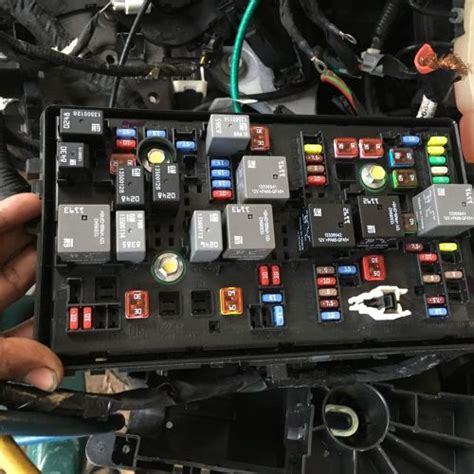 fuses fuse holders  sale page   find  sell