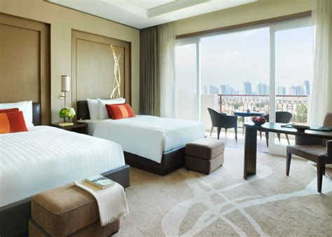 hotels with balcony rooms 5 hotel in abu dhabi eastern mangroves hotel deluxe balcony rooms