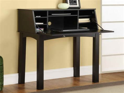 Desk Small Space Furniture Finding Furniture Of Desks For Small Spaces Physicians Desk Reference