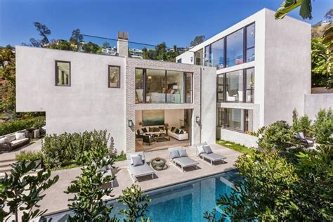 kendall jenner house kendall jenner forks over 6 5 million for hollywood hills pad ny daily news