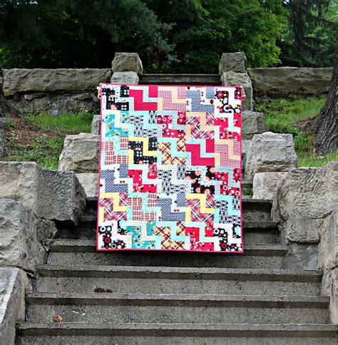 zig zag heart quilt pattern free 105 best zig zag quilts images on pinterest chevron