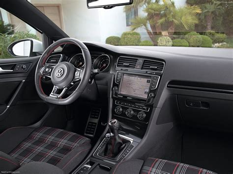 Volkswagen Golf Gti 2014 Picture 40 Of 52
