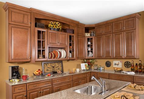 classic kitchens cabinets cabinet design ideas classic