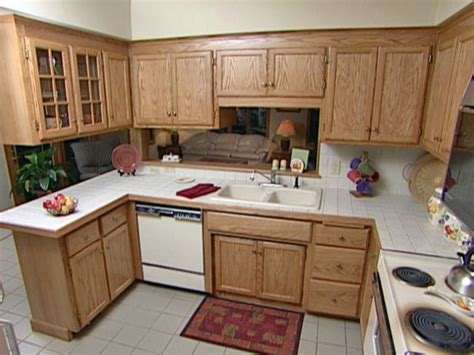 Refinishing Kitchen Cabinet How To Refinish Your Kitchen Cabinets With Easy Tricks