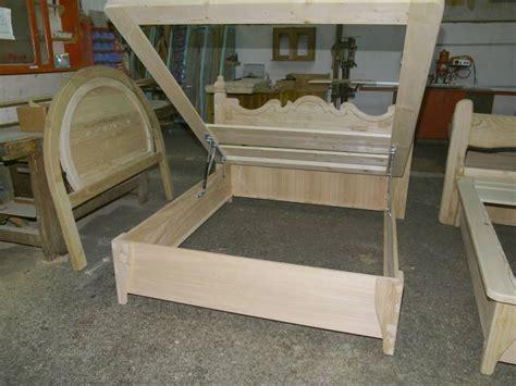 letti in legno artigianali letto carlo v artigianale in legno fabbrica di zona notte