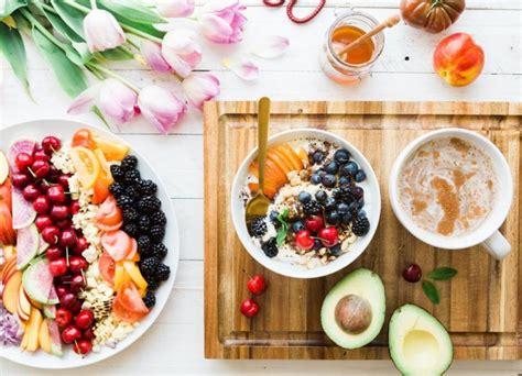 alimentazione e menopausa alimentazione in menopausa cosa mangiare e cibi da