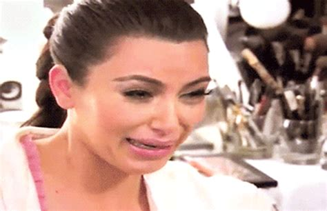kim kardashian crying gifs kim kardashian crying gif find share on giphy