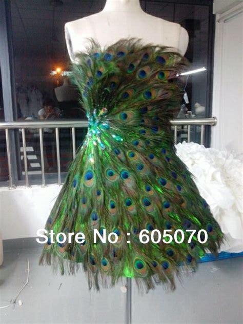 ausgestopfter pfau 220 ber 1 000 ideen zu pfauenkleid auf kleider