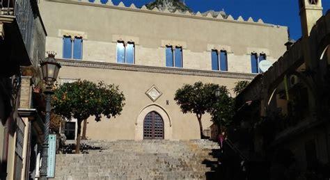 libreria ragusa attualit 224 taormina riapre la libreria bucalo a palazzo