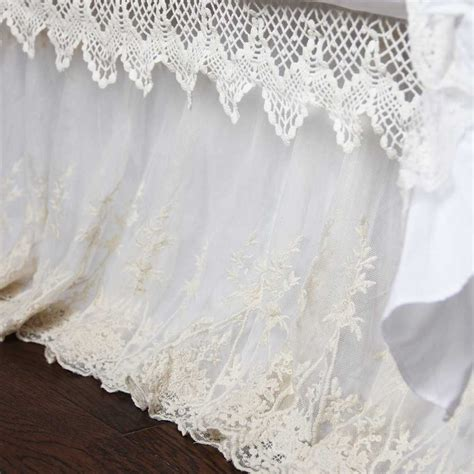 Segiempat Shabby Chic 8 lace bed skirt