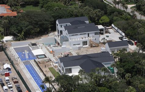 tiger woods house tiger woods home still being renovated zimbio