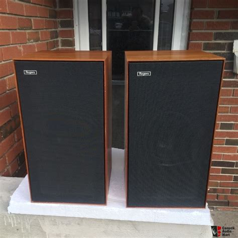 Rogers Monitor rogers compact monitor speakers photo 1425865 canuck