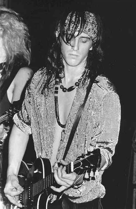 Guns N' Roses Photo Gallery 6 ~ Izzy