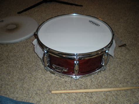 same pattern as drum tuning my snare drum