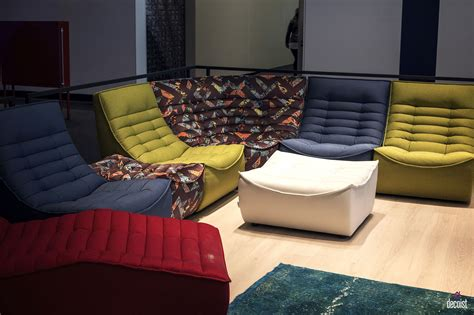 helles sofa 30 bright and comfy sofas that add color to the living room