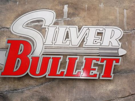 rollercoasters the sign of 0198355351 silver bullet roller coaster wikipedia