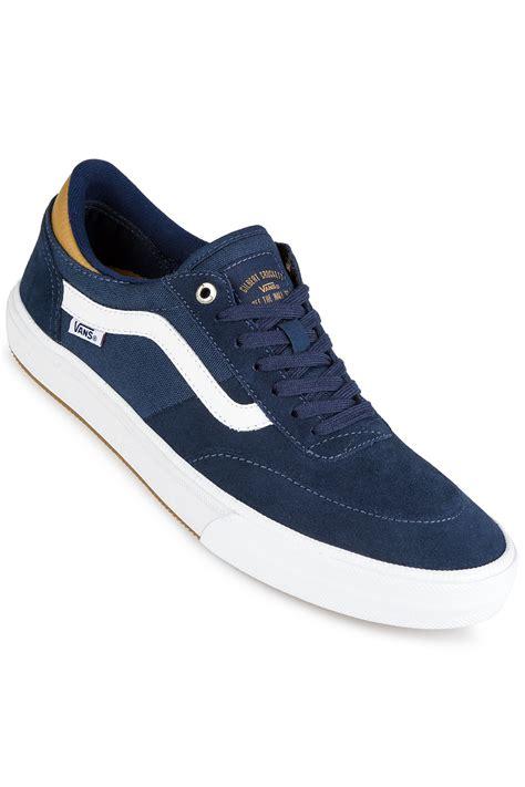 Jual Vans Gilbert Crockett Pro 2 vans gilbert crockett pro 2 shoes dress blues medal bronze white buy at skatedeluxe