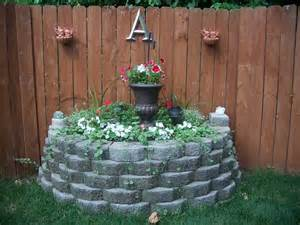 1000 ideas about corner flower bed on pinterest