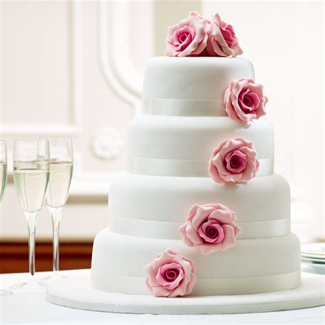 design your dream cake how to create your dream wedding cake with bettys