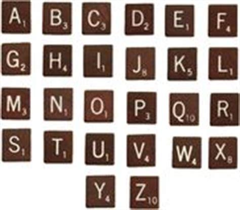 lo scrabble vecchi tasti alfabeto e numeri della macchina da scrivere