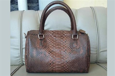 Tas Kubus Kulit Custom tas kulit aslitas kulit asli page 7 of 25 tas kulit tas kulit asli tas kulit ular