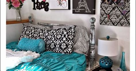 Pretty teal and grey room. Paris theme.   Baby girl   Pinterest   Grey room, Paris theme and Teal