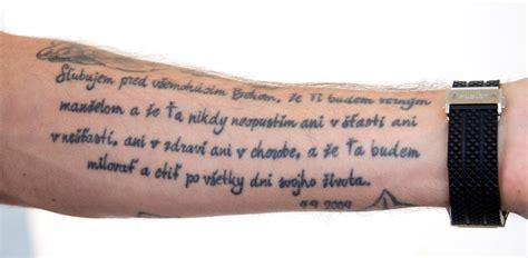 canzoni scritte da vasco per altri le scritte pi 249 per i tatuaggi maschili gqitalia it