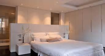 Superbe Idee Salle De Bain Sous Pente #2: cloison-deco-de-salle-de-bain-pour-suite-parentale.jpg