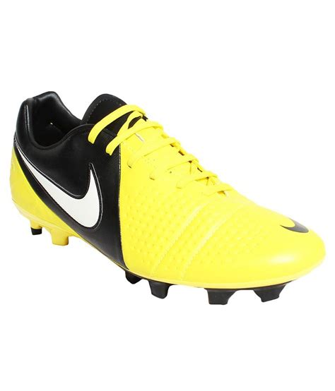 www nike football shoes nike yellow football shoes buy nike yellow football