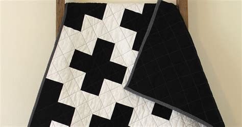 black and white cross quilt pattern craftyblossom black and white cross quilt
