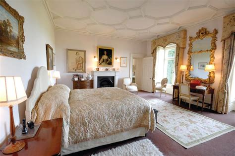 how many bedrooms in highclere castle how many bedrooms in highclere castle 28 images